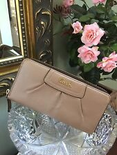 Coach Wallet Leather Gold Zip Ashley Pleated 48102 MSRP $248 W1