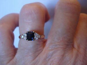 Vintage 18ct Blue Sapphire six 6 diamonds ring Stunning natural stones Val $2450
