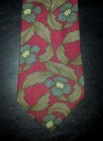 417 Van Heusen Tie Silk Floral Design Red Gray Tan Flowers NIB t1912