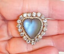 LOVELY VINTAGE VICTORIAN PUFFY SAPHIRET HEART BROOCH PIN