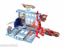 Hot Wheels City Power Lift Garage Track Set Playset W/ Vehicle New