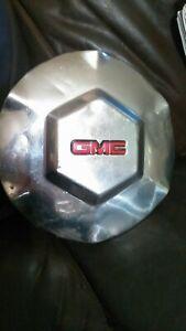 "GMC ENVOY 17"" CHROME WHEEL CENTER CAP  2002 03 04 05 06 07 08 09 OEM 9593396"