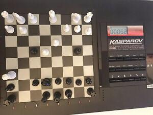 Saitek Gary Kasparov GK 2100 Electronic Table Top Portable Chess Computer 1993