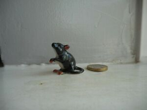 MOUSE/RAT - POTTERY -  COLLECTABLE  MINIATURE SITTING BLACK & WHITE RAT/MOUSE