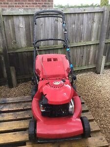 Mountfield SP480T Breaking For Parts Spares NOT .99p FOR THE WHOLE MOWER