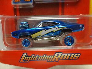 Johnny Lightning '70 DODGE SUPER BEE Blue 1970 Lightning Rod ZINGER w/CLEARtires