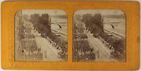 París Desfile Militar c1865 Francia Foto Estéreo Diorama Albúmina Vintage