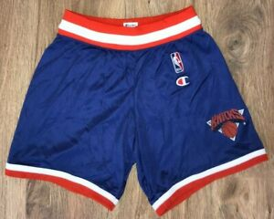 New York Knicks Rare Vintage NBA Champion Basketball shorts size Boys L (14-16)