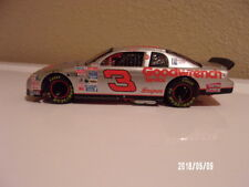 Dale Earnhardt #3 GM Goodwrench 1995 Monte Carlo Silver Select 1:32 RED RIMS