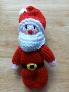 """NEW HAND KNITTED CHRISTMAS TREE DECORATION  """" FATHER CHRISTMAS """""""