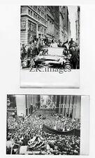 KENNEDY John Jackie 2 Photos New York Wall Street 1960
