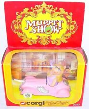 Corgi Toys 1:43 The Muppet Show Miss Piggy Oldtimer Tv Movie Character Car Mb`79