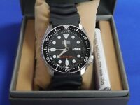 Seiko International Model SKX007K1 Automatic Men's Watch