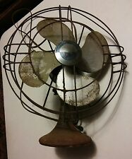 000 Vintage Victor Electric Products 4 Blade Fan FT 1205 Oscillating 3 Speed