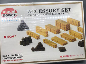 MODEL POWER N scale #1507 Fences Barrels And Lumber Sealed In Original Box