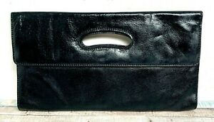Hobo International SMOOTH BLACK GENUINE LEATHER FLAP MAGNETIC CLUTCH PURSE