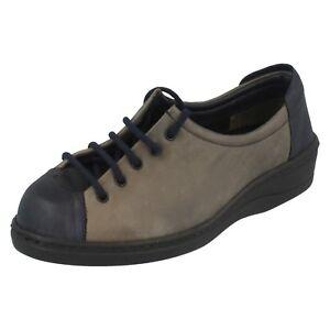 Damen Equity Marineblau & Khaki Leather Zum Schnüren Freizeit Schuhe UK 3.5 E