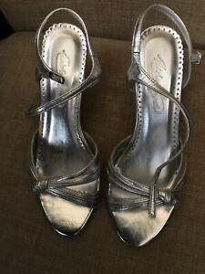 MICHAELANGELO Sonya Womens Size 6M Silver Open Toe Heels Sandals Shoes