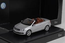 VW EOS II 2 Cabriolet Cabrio silver silber 1:43 Norev Dealer
