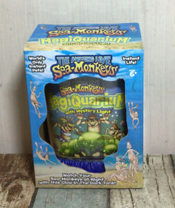 The Amazing Live Sea-Monkeys MagiQuarium With Mystery Light - New