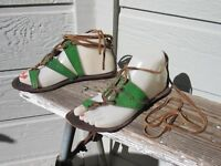 Chocolat Blu Green Leather Leg Wrap Flat Toe-Loop Sandal US 8 Festival BoHo EUC