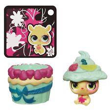 Sweetest Littlest Pet Shop, Hide N' & Sweet Hamster, Cupcake by Hasbro