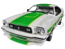 1978 FORD MUSTANG II COBRA II WHITE W/GREEN FREE WHEELIN 1/18 GREENLIGHT 12895