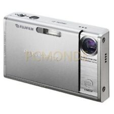Fujifilm Finepix Z1 5.1MP Digital Camera with 3x Optical Zoom (Silver) 913232