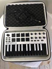 Akai Mpk Mini Keyboard Synthesizer With Case And Usb