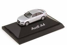 1:87 Audi A4 B8 eissilber silber silver - Dealer-Edition OEM - herpa 5010704112