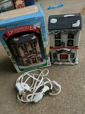 """NOMA Dickensville BANK Collectables Lighted House """"Bank"""" Christmas Village 1995"""