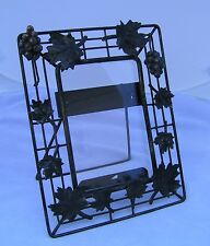 Vintage Metal Wire Standing Picture Frame w/ Grapes & Leaves Black Pretty