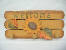 WOODEN COUNTRY SUNFLOWER WALL PLAQUE WITH HOOKS