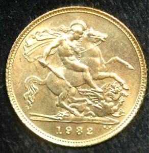 Half Sovereign 1982 Elizabeth II 22ct Gold (T112)