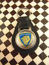 Clásico Francés 70's Estilo Peugeot Llavero 104 203 304 204 202 302 504 201