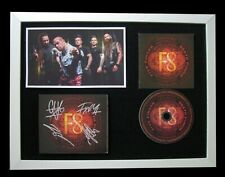 FIVE FINGER DEATH PUNCH+SIGNED+FRAMED+F8+CIRCLE=100% AUTHENTIC+FAST GLOBAL SHIP