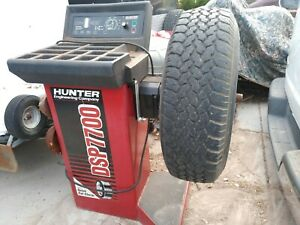 Hunter DSP 7700 Tire Balancing Machine