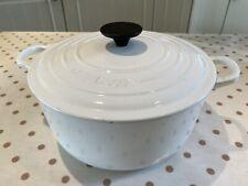Vintage Le Creuset White 24cm Cast Iron RoundCasserole Dish Good Used Condition.