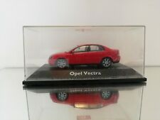 1:43 Schuco Opel Vectra C Limousine IN THE COLER RED