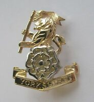 New 9ct Gold Lady's YORKSHIRE REGIMENT Brooch Pin - Jewellery. Excellent Quality