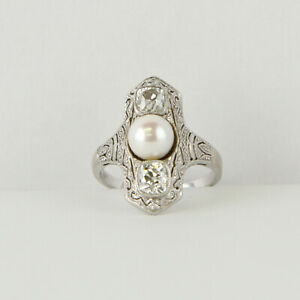 Art Deco ladies´ ring (14k gold) with a pearl and diamonds