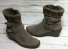 Bare Traps Olga Swede Leather Wedge Ankle Boots Faux Fur Lining Taupe Women 6M