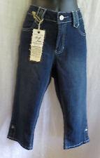 Apollo Jeans Capri Size 10 NWT Dark Wash Ramie Blend Mid Rise Rhinestone Embelli