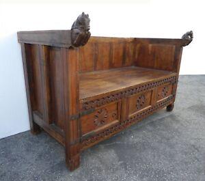 Vintage Western Alder Wood Carved Bench Settee With Hand Carved Horses Handrests