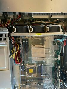 Supermicro X10DRI-T Server Intel Xeon E5-2630v3 | 64GB Ram | 4x 600GB SAS 15,6K