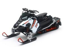 New Ray Toys 1:16 Scale Die Cast Toy Replica Polaris Switchback Pro X 800 White