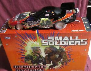 CRUZ PEDREGON,  1/24 ACTION 1998 PONTIAC FUNNY CAR, SMALL SOLDIERS