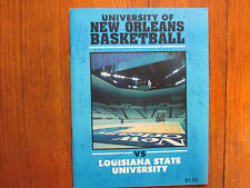 1983 Univ of New Orleans Mens Basketball Program(17 signed/DON SMITH/TIM PEYTON)