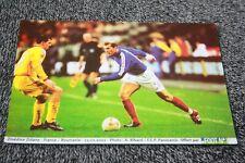 Photo )) ZINEDINE ZIDANE / France v Roumanie 2002 offert par....