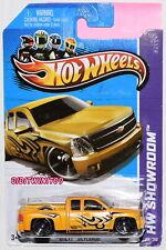 Hot Wheels 2013 Hw Hot Trucks Chevy Silverado W+